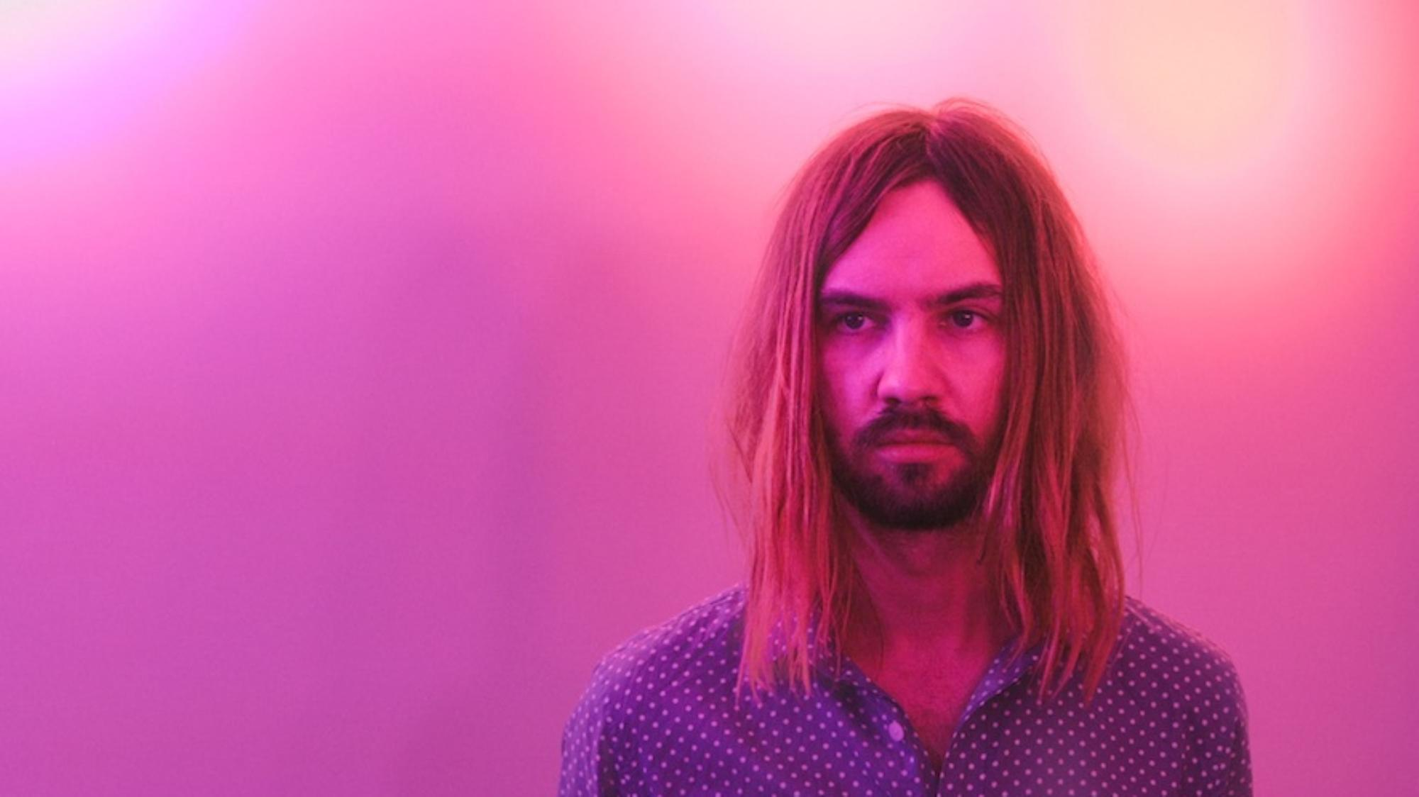 backstage-with-kevin-parker-of-tame-impala-1438610339